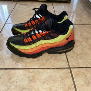 VINTAGE Nike Air Max 95 Multicolor Youth- Size 5.5